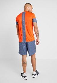 adidas Performance - RUN IT SHORT - Träningsshorts - blue - 2