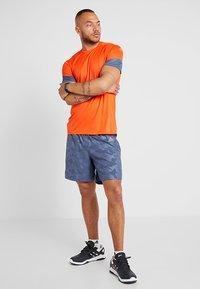 adidas Performance - RUN IT SHORT - Träningsshorts - blue - 1