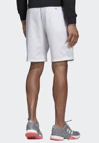 adidas Performance - CLUB SHORTS 9-INCH - Sports shorts - white - 1