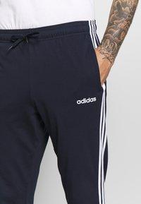adidas Performance - ESSENTIALS 3-STRIPES TAPERED OPEN HEM PANTS - Pantalones deportivos - legend ink/white - 3