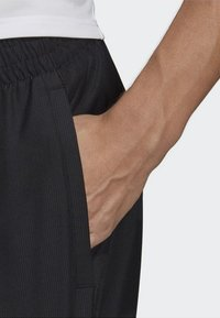 adidas Performance - CLUB SHORTS - Korte broeken - black - 4