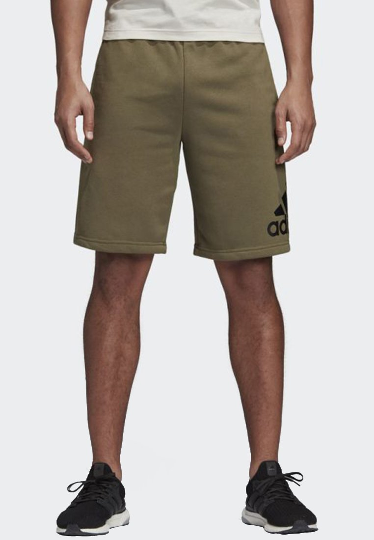adidas Performance - MUST HAVES BADGE OF SPORT SHORTS - kurze Sporthose - green