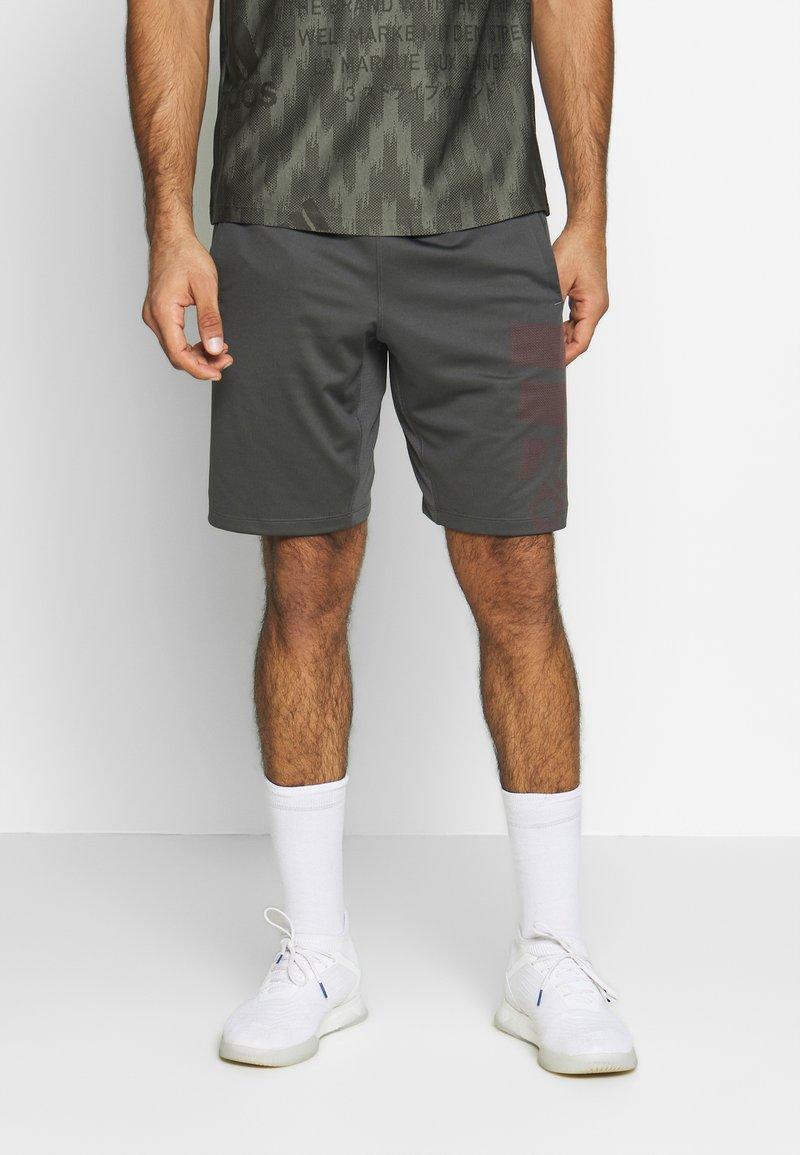 adidas Performance - DESIGNED4TRAINING CLIMALITE  - Sports shorts - grey