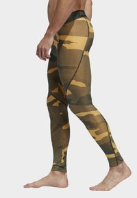 adidas Performance - ALPHASKIN SPORT CAMOUFLAGE LEGGING - Caleçon long - flash orange - 2