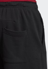 adidas Performance - MUST HAVES BADGE OF SPORT SHORTS - Sports shorts - black - 5