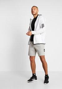 adidas Performance - MUST HAVE ENHANCED ATHLETICS SPORT SHORTS - kurze Sporthose - medium grey heather - 1