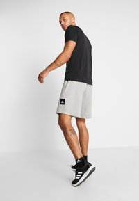 adidas Performance - MUST HAVE ENHANCED ATHLETICS SPORT SHORTS - kurze Sporthose - medium grey heather - 2