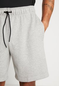adidas Performance - MUST HAVE ENHANCED ATHLETICS SPORT SHORTS - kurze Sporthose - medium grey heather - 3