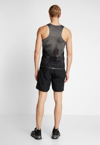 adidas Performance - RUN IT SHORT - Pantalón corto de deporte - black - 2
