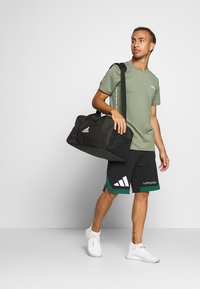 adidas Performance - PACK SHORT - kurze Sporthose - black/green - 1