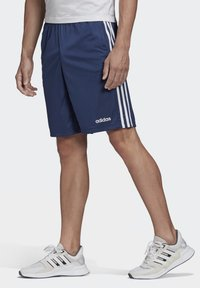adidas Performance - DESIGN 2 MOVE CLIMACOOL 3-STRIPES SHORTS - kurze Sporthose - blue/white - 2