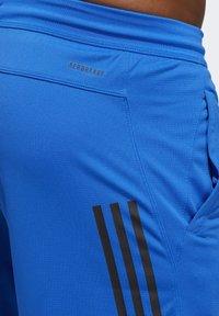 adidas Performance - 3-STRIPES 9-INCH SHORTS - Sports shorts - blue - 6