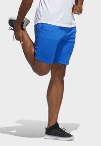 adidas Performance - 3-STRIPES 9-INCH SHORTS - Sports shorts - blue - 3