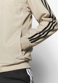 adidas Performance - REAL MADRID - Squadra - rawgol/black - 5