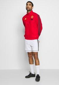 adidas Performance - MUFC PRE - Klubbkläder - red - 1