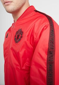 adidas Performance - MANCHESTER UNITED ANTHEM JKT - Club wear - real red/black - 5