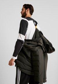 adidas Performance - MYSHELTER CLIMAHEAT PARKA DOWN JACKET - Vinterjacka - legear - 3
