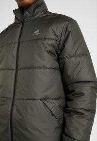 adidas Performance - Outdoorová bunda - legend earth - 5