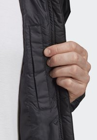 adidas Performance - BSC 3-STRIPES INSULATED JACKET - Chaqueta de invierno - black - 6