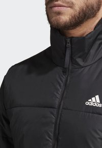 adidas Performance - BSC 3-STRIPES INSULATED JACKET - Chaqueta de invierno - black - 5