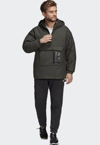adidas Performance - INSULATED ANORAK - Veste coupe-vent - green - 1