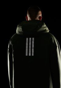 adidas Performance - URBAN INSULATED  - Veste d'hiver - leggrn - 6