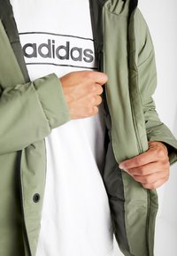 adidas Performance - URBAN INSULATED  - Veste d'hiver - leggrn - 5