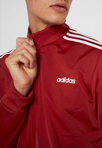 adidas Performance - Träningsjacka - red - 3
