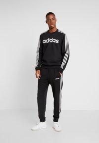 adidas Performance - 3S CREW - Sweatshirt - black/white - 1