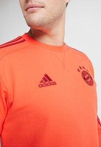 adidas Performance - FC BAYERN MÜNCHEN SWT TOP - Equipación de clubes - bright red/active maroon - 5