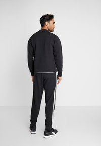 adidas Performance - VRCT CREW - Collegepaita - black/white - 2