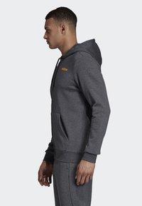 adidas Performance - LINEAR HOODIE - Zip-up hoodie - grey - 2
