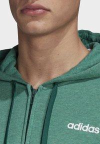 adidas Performance - ESSENTIALS 3-STRIPES TRACK TOP - Hettejakke - green - 4