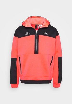 Bluza z kapturem - signal pink