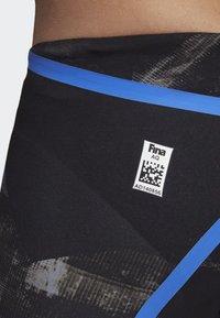 adidas Performance - ADIZERO XVIII FREESTYLE JAMMER - Zwemshorts - black/blue - 5