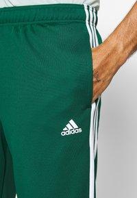 adidas Performance - ATHLETICS TEAM SPORTS TRACKSUIT - Tracksuit - green/white - 8