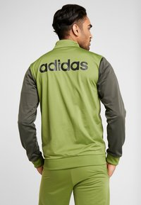 adidas Performance - Trainingspak - olive - 2