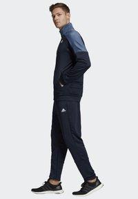 adidas Performance - BADGE OF SPORT TRACKSUIT - Tracksuit - blue - 3