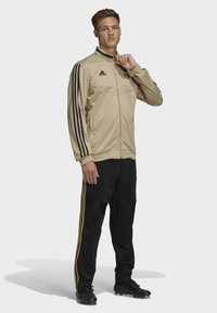 adidas Performance - REAL MADRID SUIT - Pantalon classique - gold - 1