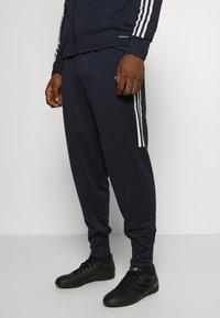 adidas Performance - JUVENTUS AEROREADY SPORTS FOOTBALL TRACKSUIT - Klubové oblečení - legink/orbgry - 2