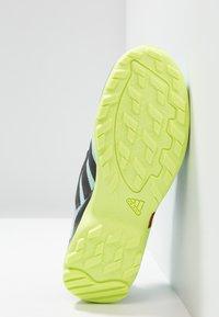adidas Performance - TERREX AX2R - Outdoorschoenen - clear mint/carbon/hi-res yellow - 5