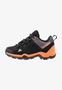 core black/hi-res orange