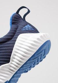 adidas Performance - FORTARUN - Laufschuh Neutral - collegiate navy/blue/footwear white - 5