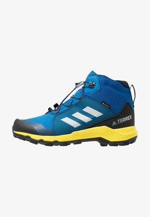 TERREX MID GORE-TEX - Chaussures de marche -  blue beauty/grey one/shock yellow