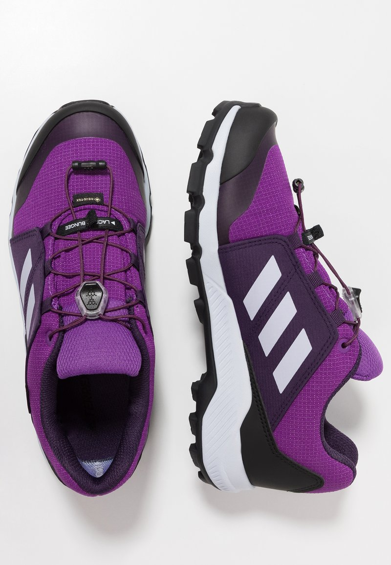 adidas Performance - TERREX GORE TEX HIKING SHOES - Chaussures de marche - active purple/aero blue/true pink
