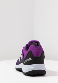 adidas Performance - TERREX GORETEX HIKING SHOES - Hiking shoes - active purple/aero blue/true pink - 4