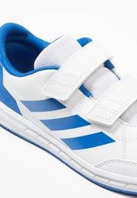 adidas Performance - ALTASPORT CF - Obuwie treningowe - footwear white/blue - 2