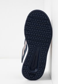adidas Performance - ALTASPORT CF - Chaussures d'entraînement et de fitness - collegiate navy/glow pink/footwear white - 4