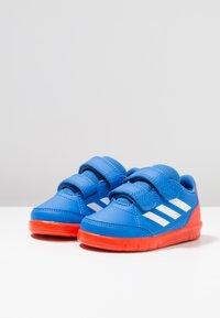 adidas Performance - ALTASPORT CF - Sportschoenen - true blue/footwear white/active orange - 3