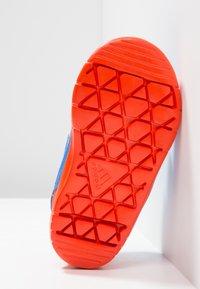 adidas Performance - ALTASPORT CF - Sportschoenen - true blue/footwear white/active orange - 5
